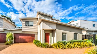 Photo for Redwood Oasis - Cowes, VIC