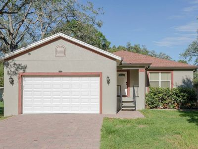 Photo for 3 bedroom 2 bathroom perfect Tampa location