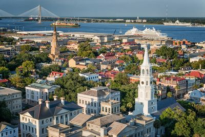 Historic Downtown Charleston only 18 miles away