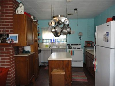 Fully equipped kitchen. NEW washer/dryer and di NEW microwave!  NEW  coffeemaker
