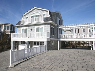Photo for Pristine,  Oceanside North Beach House  1 house from ocean. Built in 2013.