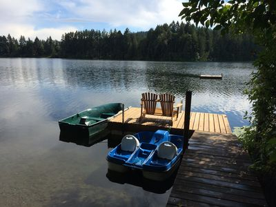 Lake side Dock and boats, across the lake is parkland, great swimming, fishing