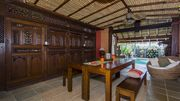 Bali Island Dream Villa in Surfers Paradise