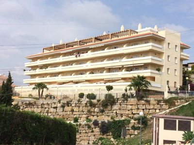 Photo for Luxury large modern 2 bedroom 2 bathroom apartment 15 minutes from Marbella