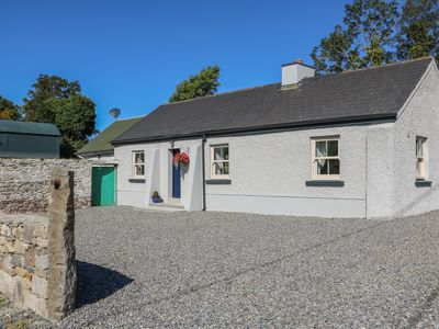 Photo for Macreddin Rock Holiday Cottage, AUGHRIM, COUNTY WICKLOW