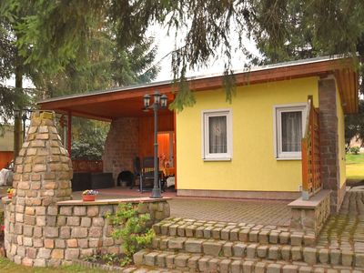 Photo for Detached holiday home in the Vogtland with covered terrace and wood oven