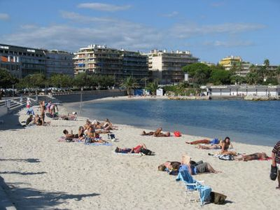 Photo for Apartment Antibes 2 Minutes Walk To The Beach