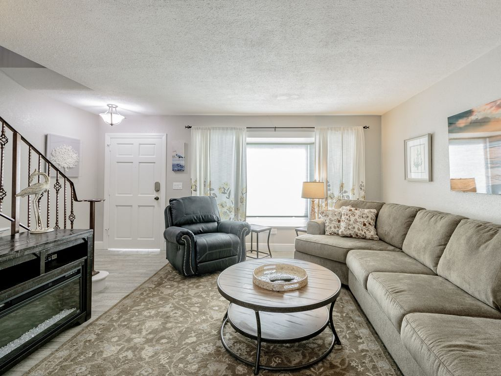Sunsets and Happy Ours!: Beautiful, Gulf-front, 2 bedroom, 2 bath ...