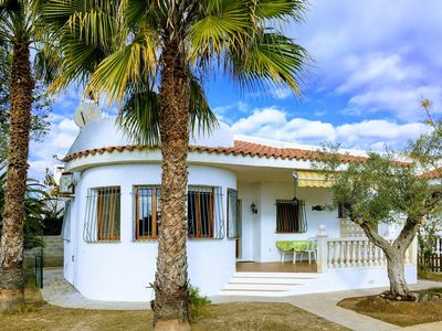 Photo for Beautiful villa 300m from the beach that will ensure you rest, comfort and conviviality