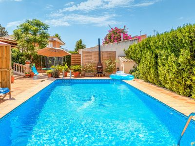 Photo for Charming Home with Pool, Generous Terrace, Garden and Wi-Fi