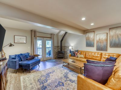 Photo for NEW! updated gorgeous townhome. Just 3 miles to Breck. End of season pricing!