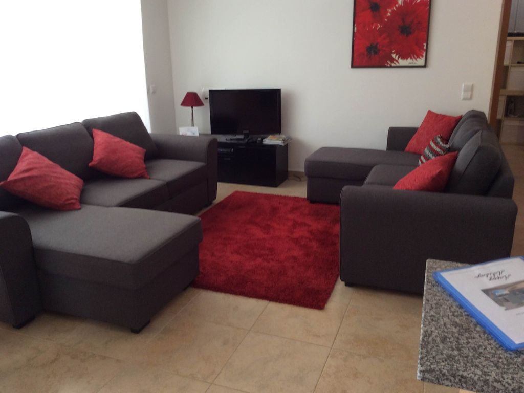 Space Invader Couch Casa Olicam Stylish Apartment In Porto De Mos Near Spectacular