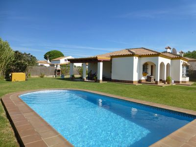 Photo for Detached villa, private pool and large garden, 3km to  beach, wifi