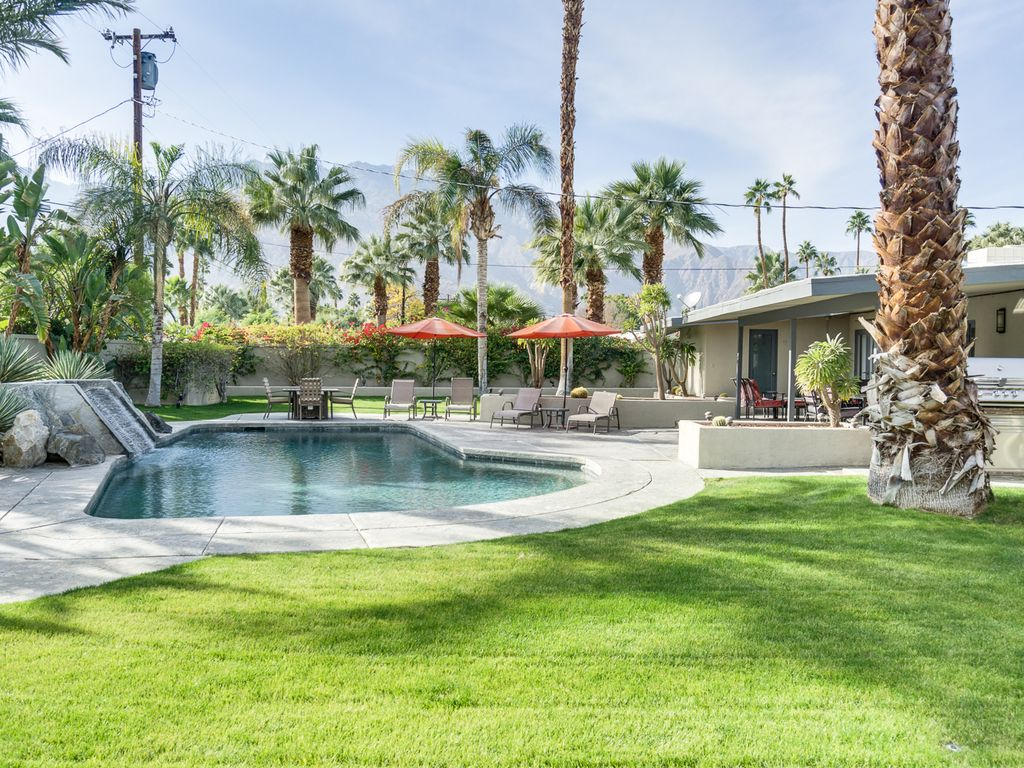 Classic Palm Springs House With Mountain Vi Vrbo