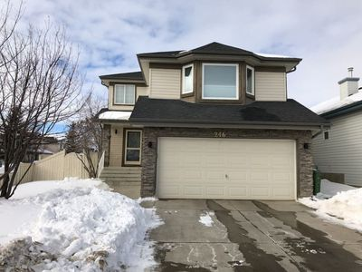 Photo for Bright & Clean Family Home, Great NW Location