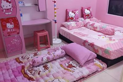 Hello Kitty Theme Sky Breeze Bukit Indah