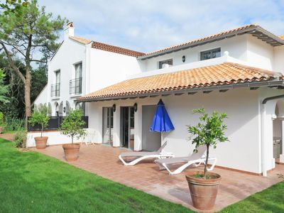 Photo for 4 bedroom Apartment, sleeps 8 in Biarritz with WiFi
