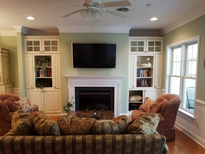 Photo for PERFECT LOCATION-Next 2 Lakeside Village 3 pools,Grille,Bar,golf,tennis,&bay are