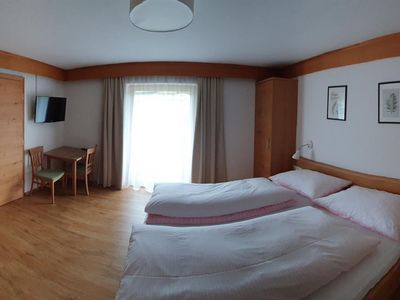 Photo for Double room with shower, WC - Haus Schnaitl, bed and breakfast