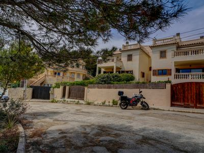 Photo for Lovely cottage residence in Cala Ratjada for 8 people, with terrace.