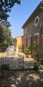 Photo for Charming villa between the Verdon and St Tropez
