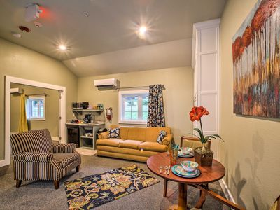 Photo for Downtown Branson Cottage w/ Pool Access+Fire Pit!
