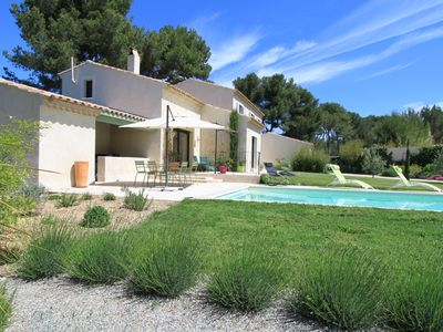 Photo for At the heart of Provence, at the foot of the Alpilles, the Luberon