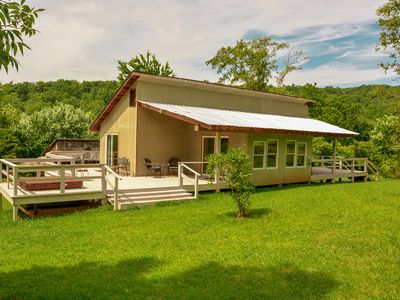 Photo for Romantic Retreat Just Minutes From Skyline Drive