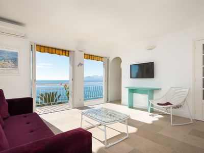 Photo for Wdf one bedroom with stunning sea view!!