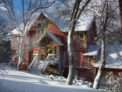 Photo for Lakeview Lodge - Classic Arrowhead Retreat with 3 Levels!