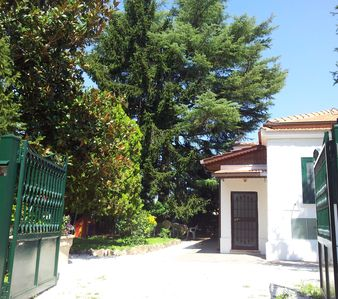 Photo for Garden and parking ideal for families 20 min from S. Peter