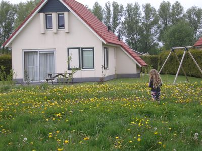 Photo for Detached holiday house with large garden. Your pet is welcome.