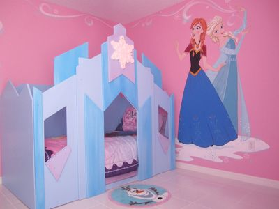 Castle themed room -  2 twin size ice castles!