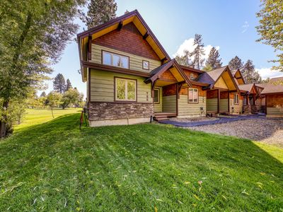 Photo for Golf-front craftsman townhome w/ patio & grill - close to Payette Lake!