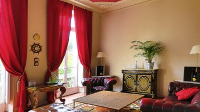 Photo for Large apartment in the center of Avignon (Intra Muros) 5 *