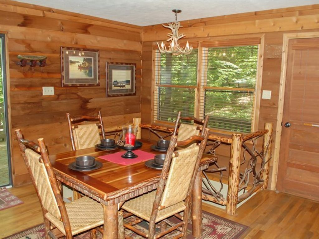 Glass Lodge Blue Ridge Ga : Deepwater lodge br ba cabin on lake blue ridge sleeps