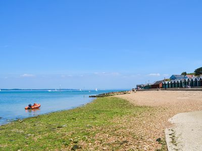 Photo for 1 bedroom accommodation in Gurnard, near Cowes