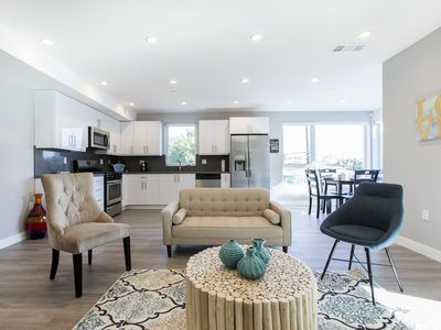 Photo for HOLLYWOOD 2-BEDROOM CONDO IN NEW BUILDING
