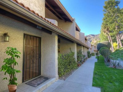 Photo for Beautiful three story Townhouse in Burbank Hills