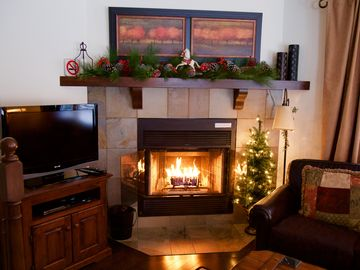 Affordable Award Winning Ski Chalet - Fireplace, WiFi and Private Deck