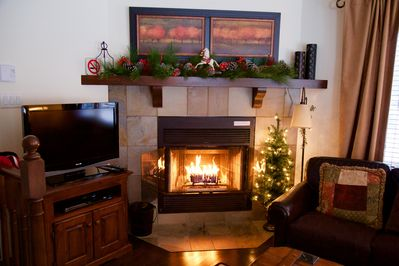 Cosy living area with fireplace