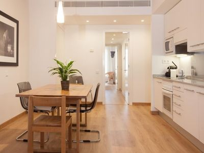 Photo for Charming apartment next to Plaza Catalunya!
