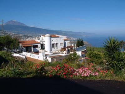 Photo for Appartment in Vignyard fantastic Sea and Mountainviews WiFi