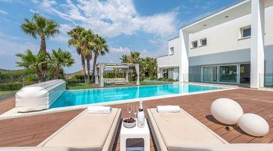 Photo for Private villa for 10-12 people