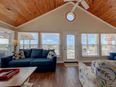 Photo for Yachtsman*OCEAN FRONT COTTAGE*Right on the sand*sleeps up to 6*Heated Pool