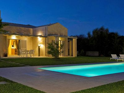 Photo for Beautiful private villa for 4 people with A/C, WIFI, private pool, TV and parking