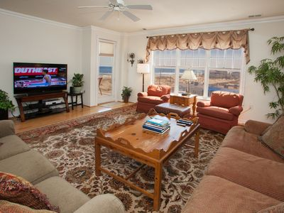Photo for Tropical 3 bedroom southside unit on the third floor w/ great ocean views, elevator at complex