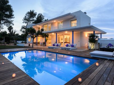 Photo for Exclusive 5 Bedroom Villa Close to the Beach, Ibiza Villa 1060