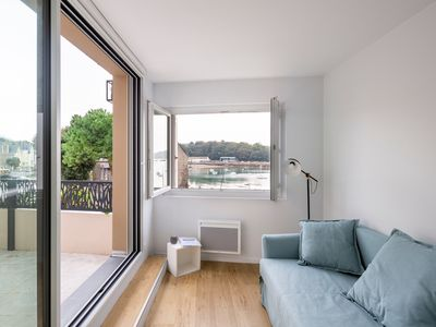Photo for Le Jardin Bleu - Two Bedroom Apartment, Sleeps 6