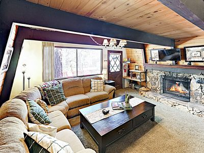 Photo for New Listing! Casa Del Oso w/ Pool Table & Fire Pit - 1 Mile to Ski Resort